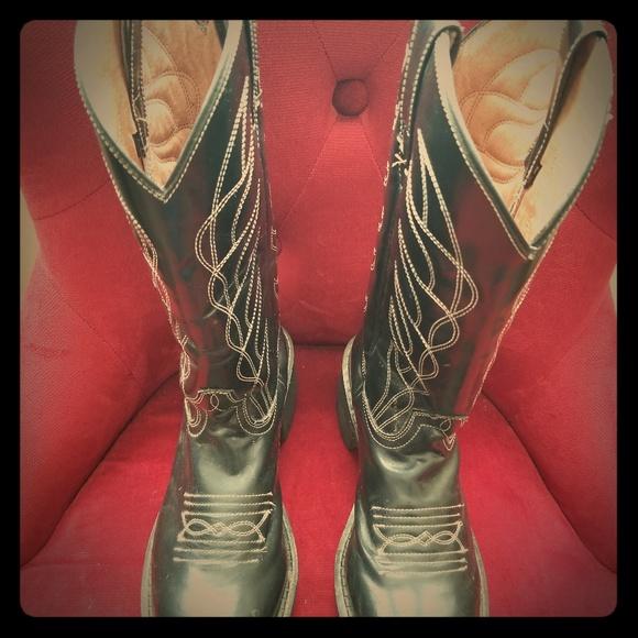 8cca596b580 John Fluevog black platform cowboy boots